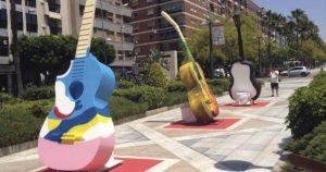 Guitarras gigantes @ Rambla Federico García Lorca | Almería | Andalucía | España